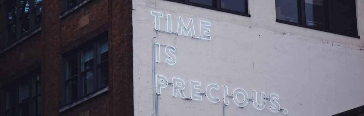 Die Zeit rennt – warum das so ist und wie Du das beste aus Deiner Zeit machst