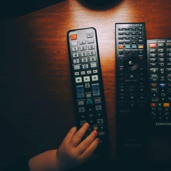 Die Frage, darf Dein Kind fernsehen spaltet Eltern