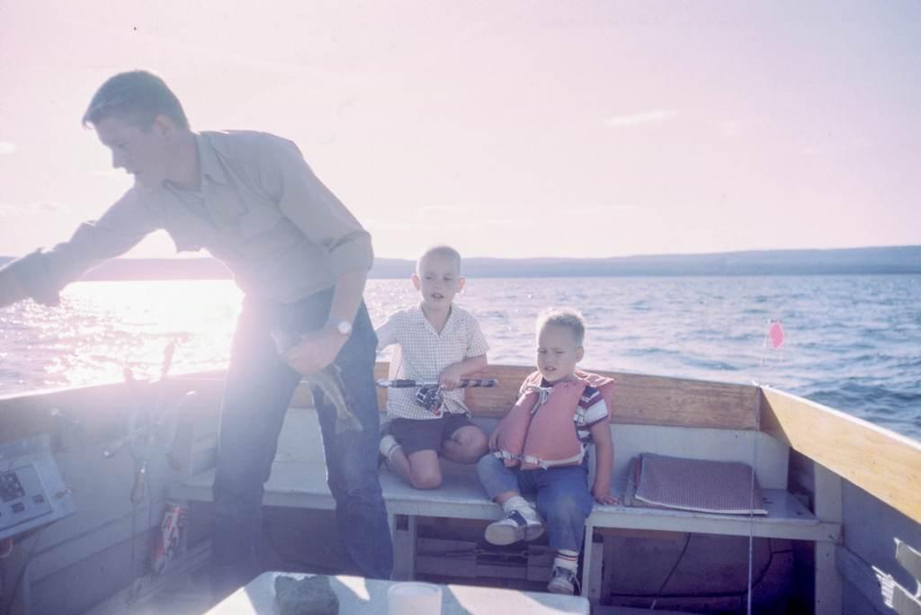 Ausflüge mit Kindern im Boot machen