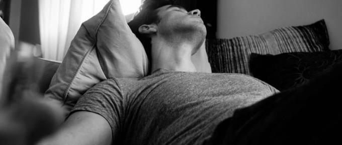 5 Tipps, wie Du trotz Schlafmangel den Tag überstehst