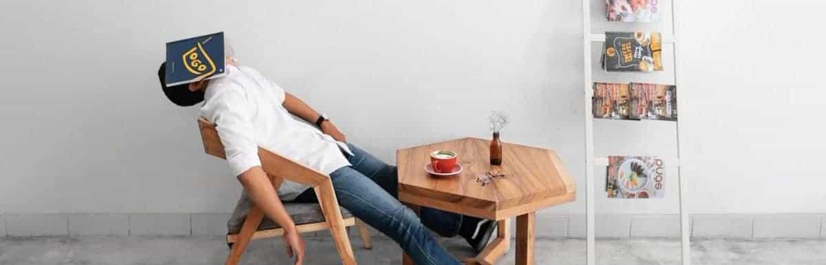 Wie Du als Vater mit Schlafmangel nach der Geburt umgehst