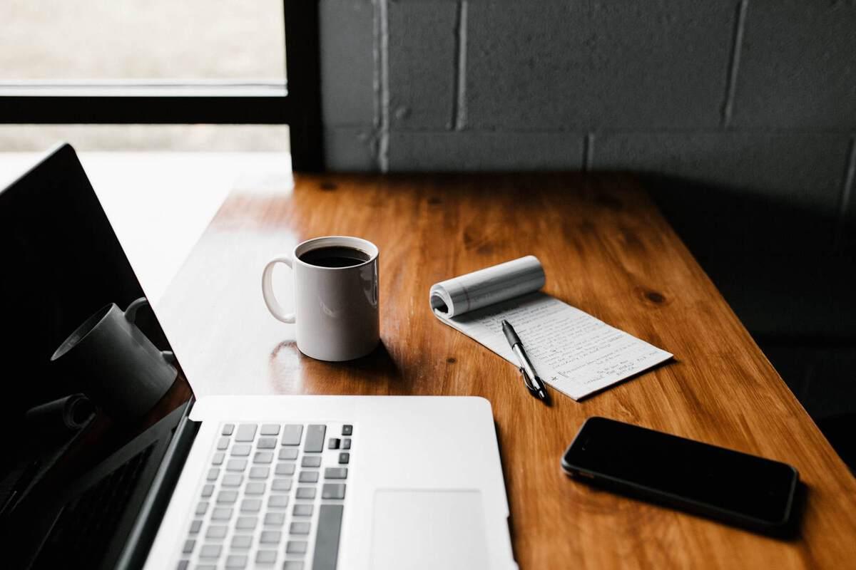 arbeiten von zuhause im home office erfordert selbstdisziplin