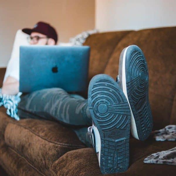 von der couch hochkommen und Sport in den Alltag integrieren